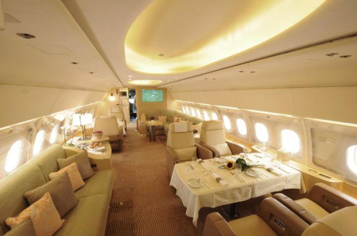 ACJ319 Lounge on Tyrolean Jet Services/Airbus