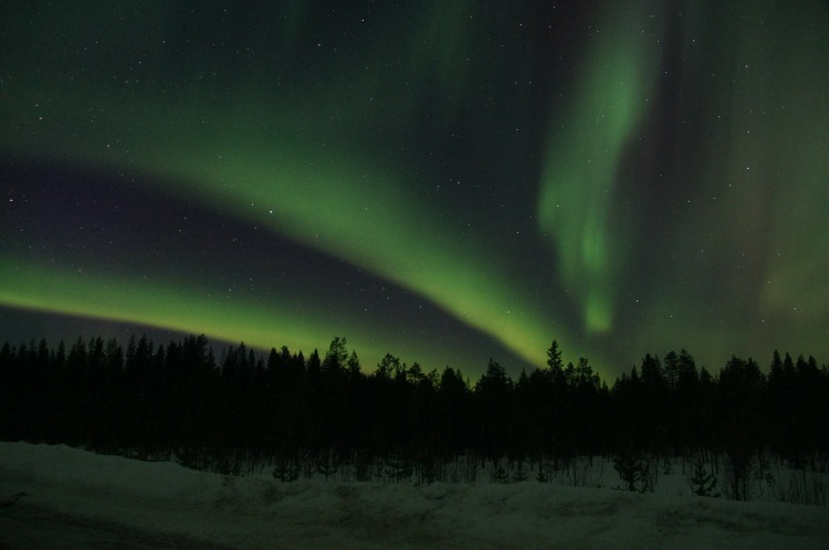 northern-lights-225444_1920