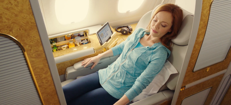 Jennifer_Aniston_TV_commercial___A380___Emirates_-_YouTube_2.png