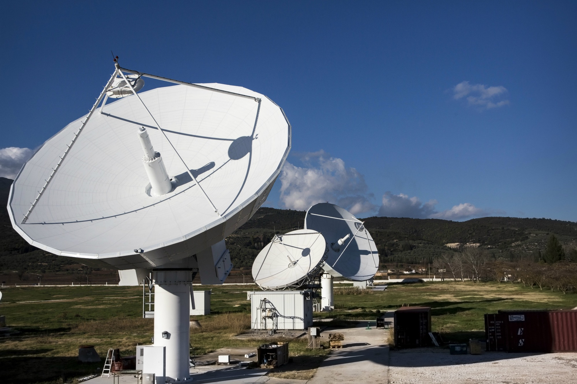 The European Aviation Network satellite access station will serve as a gateway between Inmarsat's S-band satellite and the internet.